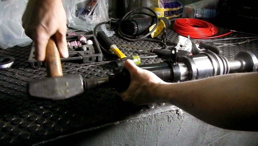 Inserting Halfshaft